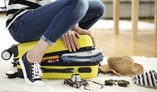 Usiądź na walizce i wrzuć grosik do fontanny, czyli turystyczne przesądy