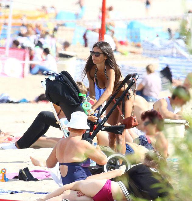 Marta Kaczyńska w bikini na plaży w Sopocie.