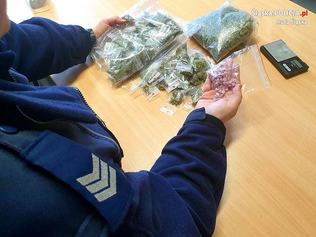 Śląsk. 21-letni mężczyzna w Rudzie Śląskiej posiadał narkotyki, z których można przygotować blisko 600 porcji.