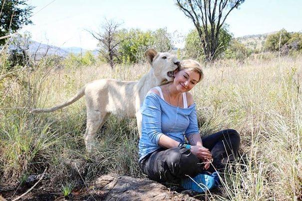 Prezenterka będzie pełnić rolę narratora w filmie o lwie