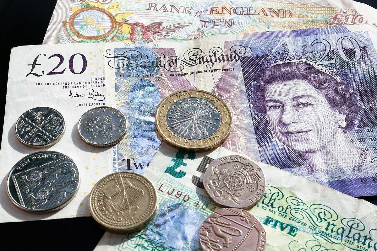 Ceny na Wyspach rosną szybciej niż płace. Pocieszeniem może być kurs funta