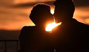 W trosce o zdrowie swoje i partnera zrób test na HIV - zachęcają specjaliści
