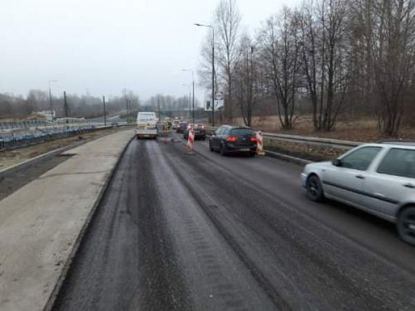 Z lekkim opóźnieniem drogowcu przystąpią do remontu ul. 3-Maja w Sosnowcu.