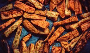 Frytki z batatów są źródłem cennych witamin i minerałów