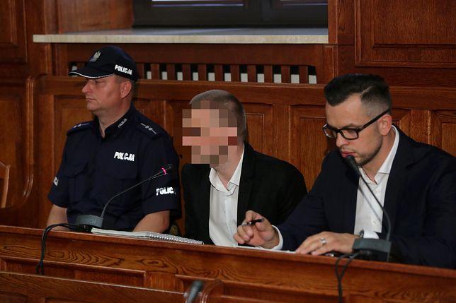 """Marcin P. kreuje się na ofiarę. Wini ludzi, że """"nie czytali umów"""""""