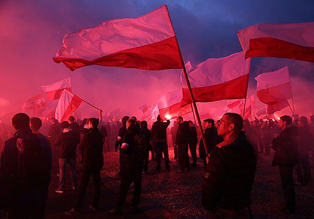 Marsz Niepodległości przeszedł przez Warszawę - zdjęcia