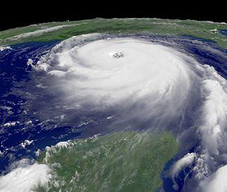 Zabójcze huragany o żeńskich imionach