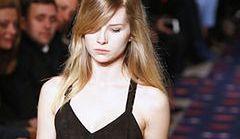 Młodsza siostra przyrodnia Kate Moss zadebiutowała na wybiegu