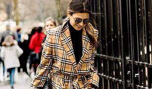 Anna Lewandowska w hitowym płaszczu w kratę. To projekt polskiej marki