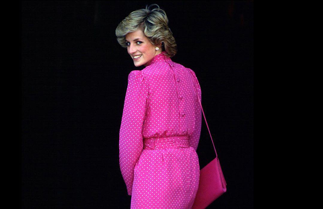 """""""The Crown"""": Księżna Diana jako """"samotna desperatka z autodestrukcyjnymi skłonnościami"""""""