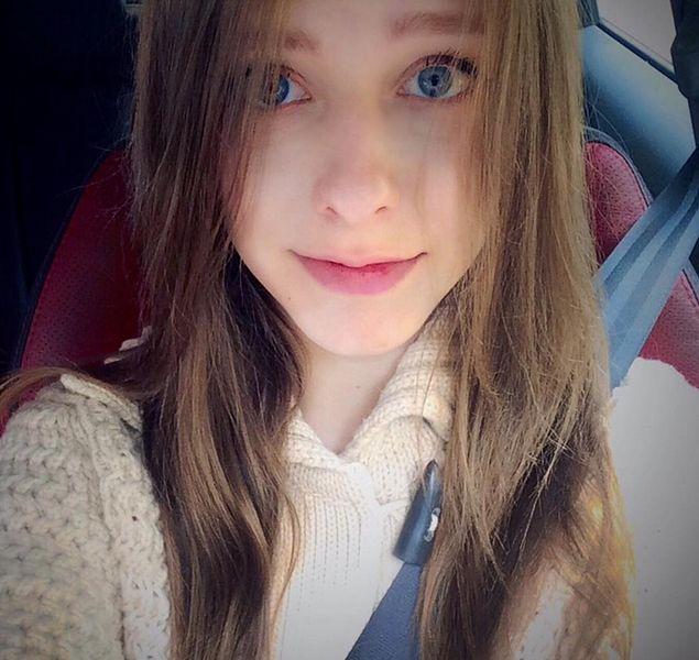 22-letnia Liza Arzamasova zatrzymana przez moskiewską policję. Myśleli, że aktorka jest 10 lat młodsza