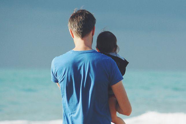 Ojcowie w całej UE dostaną nowe urlopy na dziecko