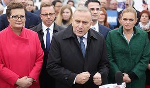 Liderzy KO w Częstochowie: Katarzyna Lubnauer (L), Grzegorz Schetyna (Ś), Barbara Nowacka (P)