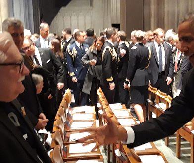 Barack Obama wita się Lechem Wałęsą