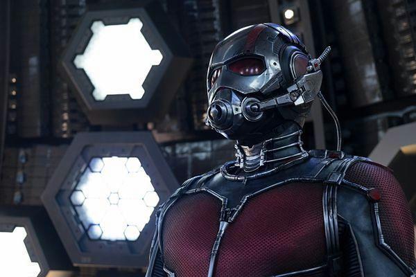 """""""Ant-Man"""": Człowiek, który się nieprawdopodobnie zmniejsza [RECENZJA]"""