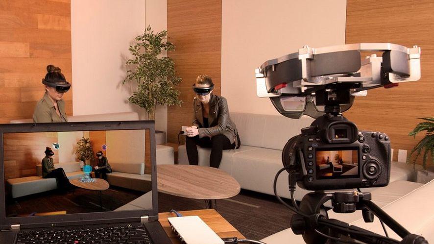 """Spectator view pozwoli na oglądanie """"hologramów"""" bez gogli Microsoft HoloLens"""