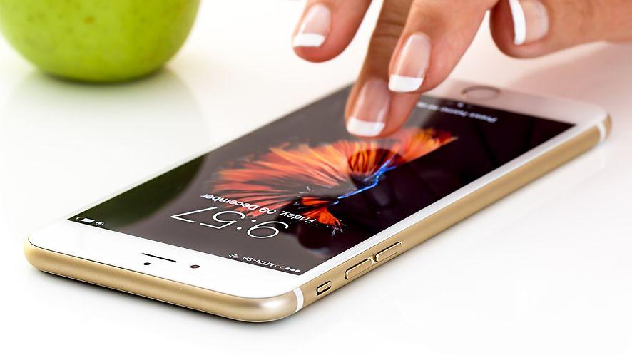 Przykro mi Apple, ale iPhone to już nie jest rarytas. Chińczycy was pozjadali