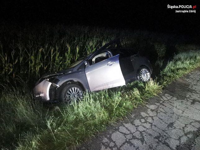Jastrzębie_Zdrój. :Pijany wpadł do rowu, o wypadku poinformował służby system eCall.