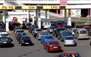 Ceny paliw jeszcze nas zaskoczą. Nie tankuj pod korek, bo będzie tylko taniej