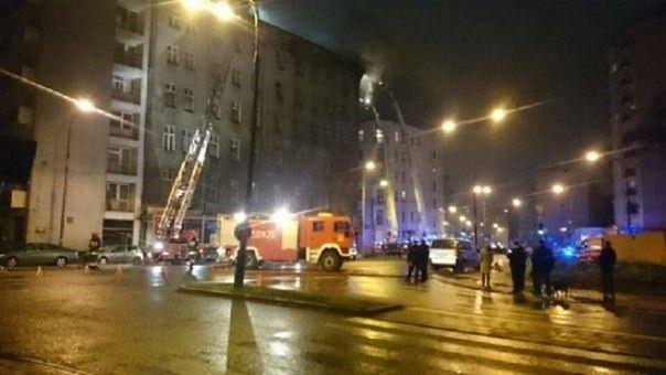 """Stołeczny Konserwator Zabytków po pożarze kamienicy przy Żelaznej: """"Zawiadamiamy prokuraturę"""""""