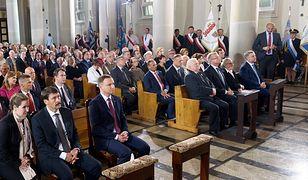 Msza święta z udziałem przedstawicieli rządu