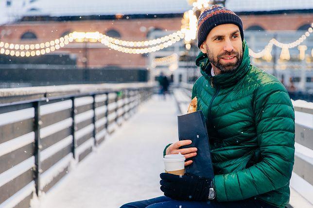 Ciepłe i wytrzymałe kurtki na zimę. Warto skorzystać z promocji