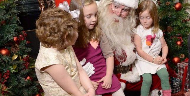 Oto najstarszy żyjący Mikołaj. W czynnej służbie!