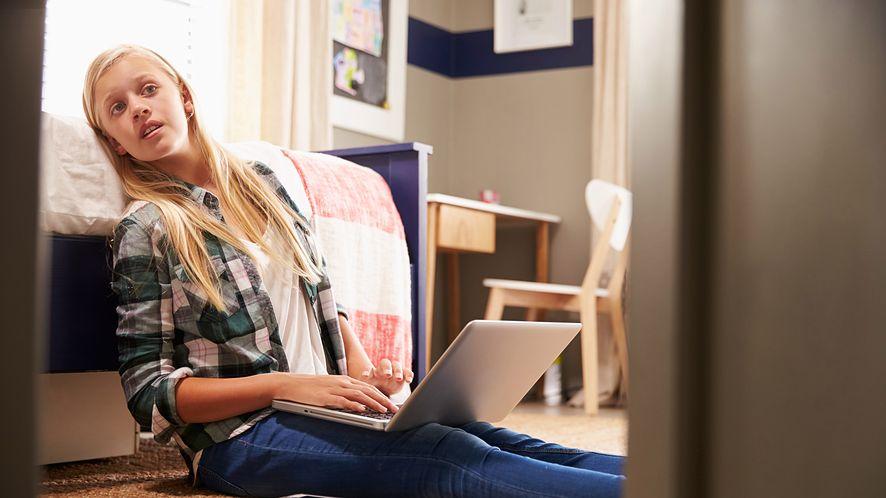 Statystyki Kaspersky'ego zdradzają upodobania nieletnich w internecie (depositphotos)