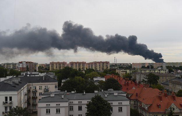 Płonie fabryka Coco-Werk przy ul. Dąbrowskiego