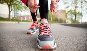 Buty do biegania dopasowane do kształtu stopy. Jogging jak na chmurce
