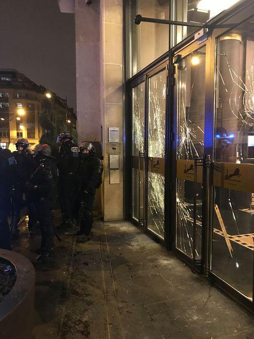 Pięciogwiazdkowy Hotel du Collectionneur, w którym zatrzymał się nasz czytelnik, został zaatakowany