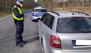 Znaleziono ukradzione auto. Towar w pojeździe był wart 100 tys. zł