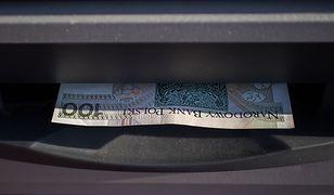 Historia urządzenia, które przechodzi do historii. Skąd się wzięły bankomaty?