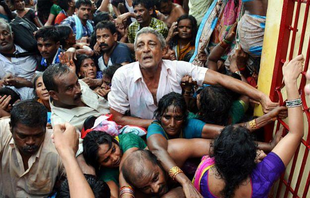 Indie: 27 ofiar śmiertelnych paniki podczas festiwalu religijnego