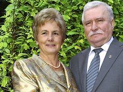 """Lech Wałęsa mówi do niej """"Skarbie"""""""