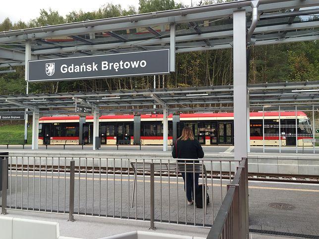 W okolicach stacji PKM Gdańsk Brętowo mężczyzna zakopał 10 worków z ludzkim szczątkami.