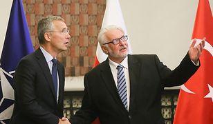 Szef MSZ Witold Waszczykowski z sekretarzem generalnym NATO Jensem Stoltenbergiem