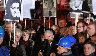 Prezes PiS podczas obchodów 36. rocznicy wprowadzenia stanu wojennego.