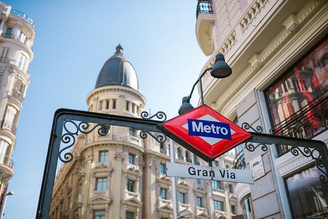 """Madryt – w metrze pojawili się """"upychacze"""" ludzi"""