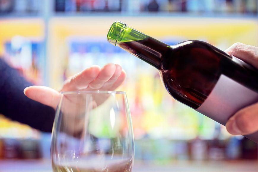 Alkohol źle wpływa na relacje z bliskimi