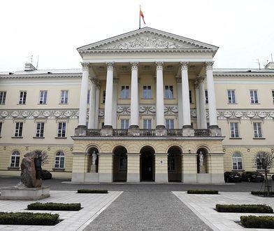 Warszawa. Koniec kontroli ratusza w związku z aferą na Pradze-Północ