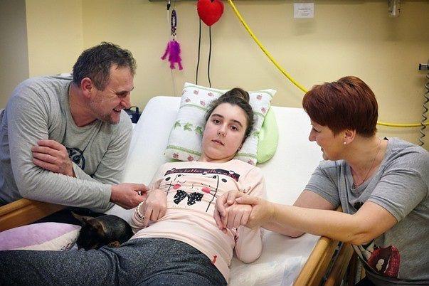 """Klinika Budzik pomogła 15-letniej Magdzie. """"Dziewczyna wybudziła się po ponad roku"""""""