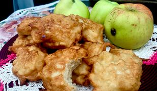 Błyskawiczne pączki z jabłkami