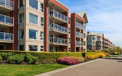 Ubezpieczenie domu zbyt drogie? Nawet drzwi mają wpływ na cenę