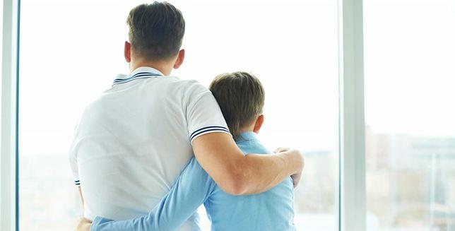 Więcej dzieci posiada smartfony niż ojców. Druzgocące dane