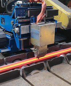Śląskie. Wyjątkowe szyny kolejowe z Chorzowa. Kupują je Węgrzy, Benelux i Bałtowie