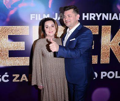"""Zenon Martyniuk pojawił się z żoną Danutą na premierze filmu """"Zenek"""""""