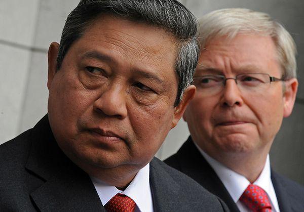 2010 rok - prezydent Indonezji Susilo Bambang Yudhoyono i ówczesny premier Australii Kevin Rudd
