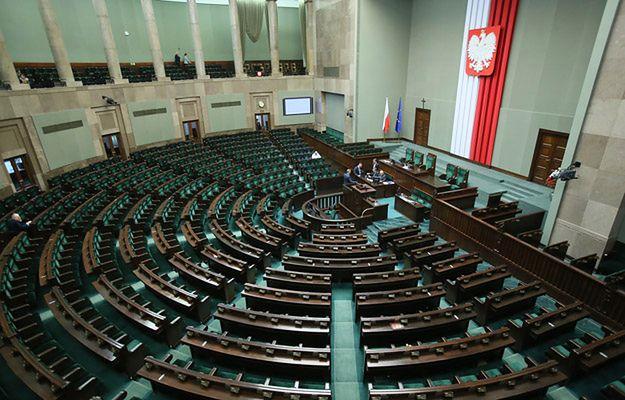 Kancelaria Sejmu o publikacjach medialnych ws. wynagrodzenia posłów