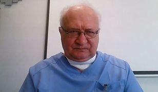 """Prof. Simon: """"otrzymuję serdeczne życzenia śmierci za propagowanie szczepień ochronnych przeciw COVID-19"""""""